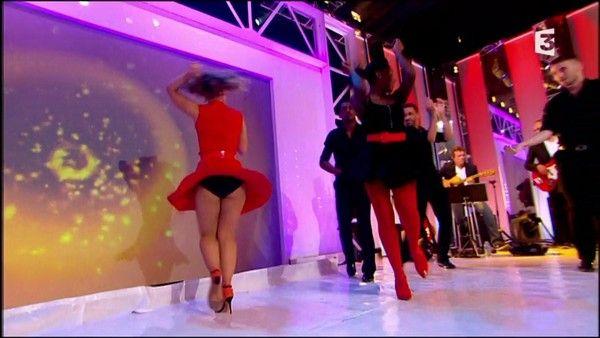 Le clbard va jaculer dans son cul - LuxureTV